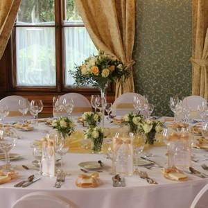 Svatba V Lososove Chateau St Havel Svatebnivyzdoba Cz